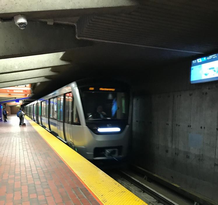 montreal-rail.jpg