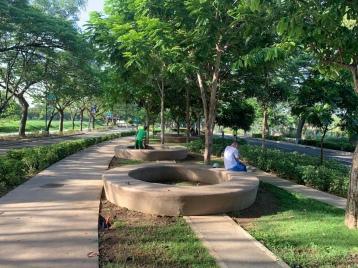 Community, circular seats, Filinvest Alabang
