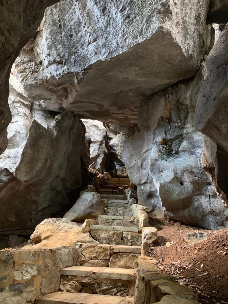 Through caveways