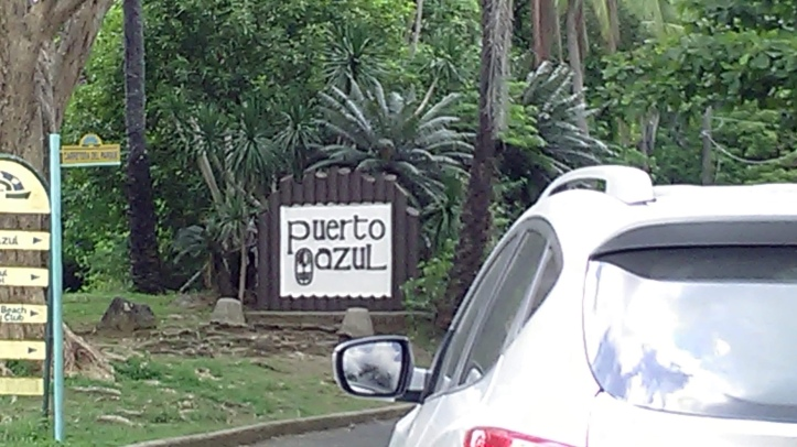 Entrance to Puerto Azul